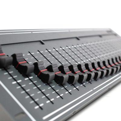 Ehrgeiz Controller DMX SimpleDesk 24 lysstyring